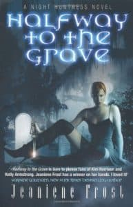 Best Vampire Books: Jeaniene Frost Halfway To The Grave